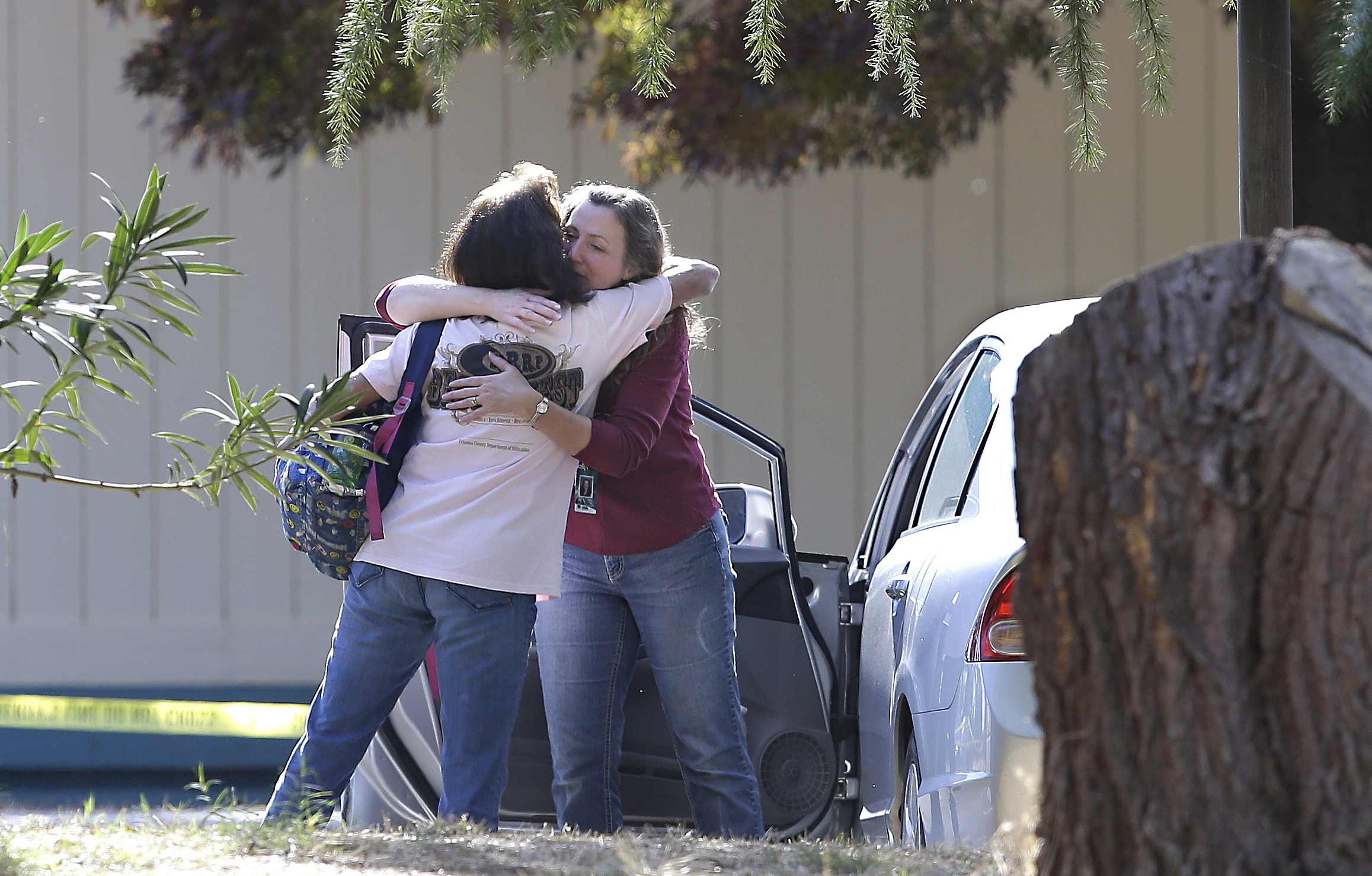 5 dead in mass shooting in Northern California town; terror at elementary school