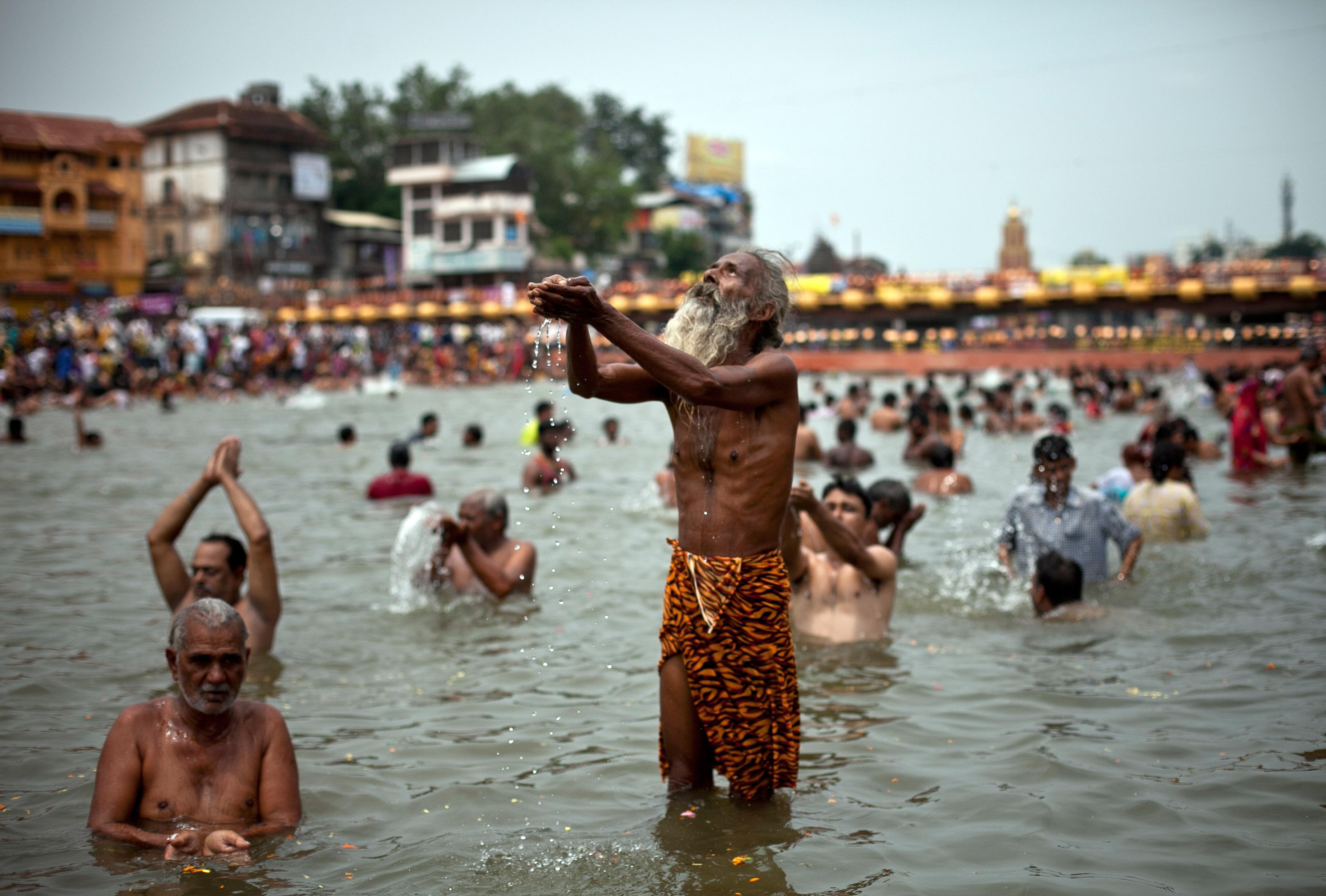 Dos Rios CA Hindu Single Men