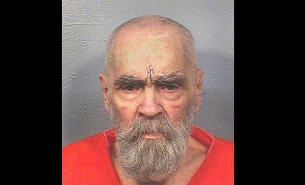Muere Charles Manson, el asesino en serie más famoso de EU