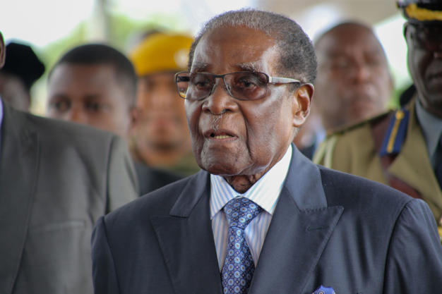 Zimbabwe's President Robert Mugabe appeares in public in capital Harare