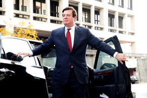 Paul Manafort, former campaign manager for U.S. President Donald Trump arrives for a bond hearing at U.S. District Court in Washington, U.S., November 6, 2017.
