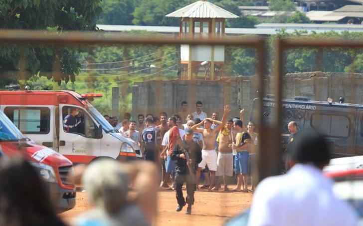 Rebelião deixa nove mortos e 14 feridos em presídio de Goiás