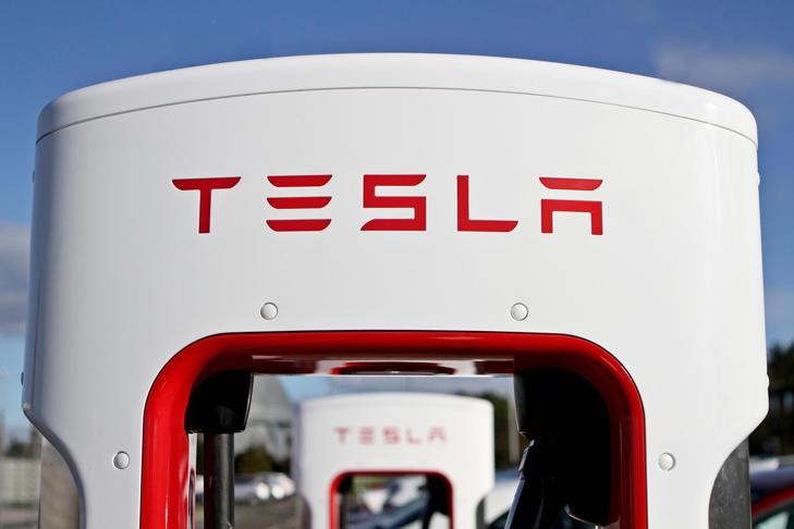 Tesla opens first Supercharger at Edinburgh Airport