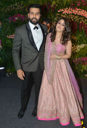 Virat Kohli Wedding.Sports Stars At Virat Kohli Anushka Sharma S Wedding Reception