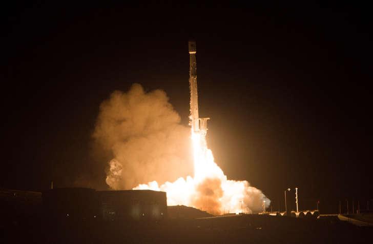 U.S. spy satellite believed destroyed after failing to reach orbit: officials