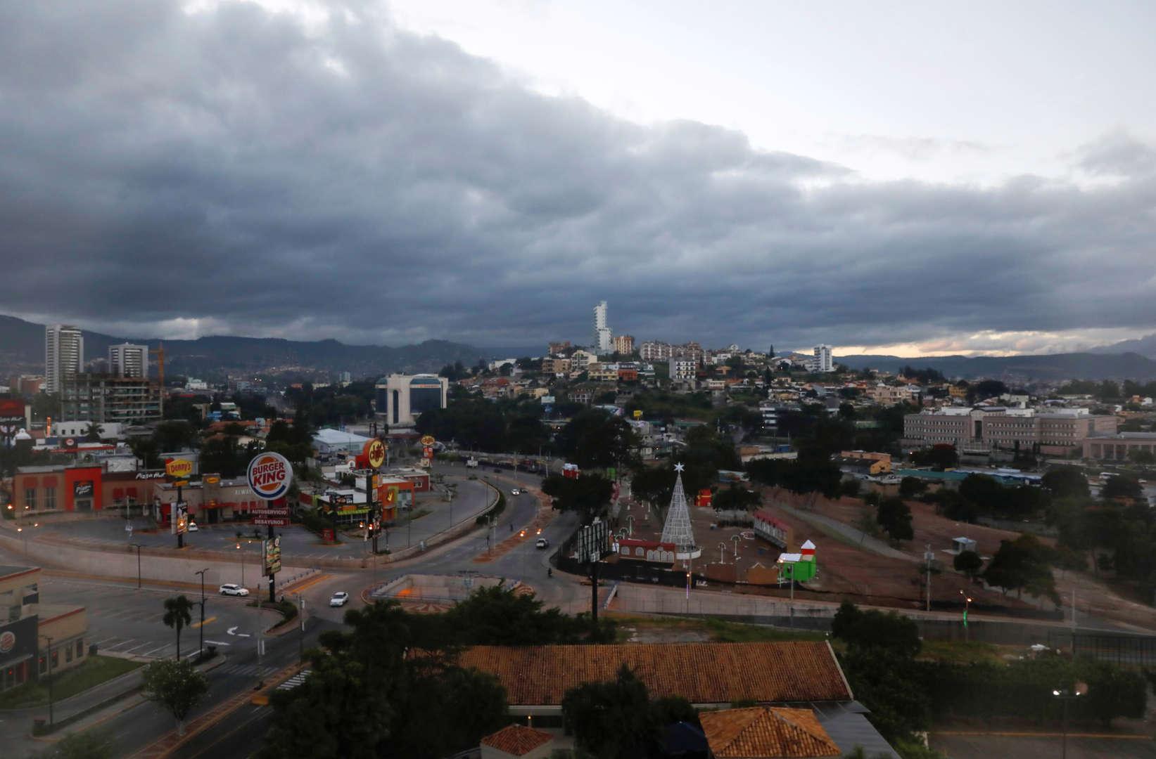 Strong quake in Caribbean Sea shakes Honduras, Mexico and Belize, no tsunami