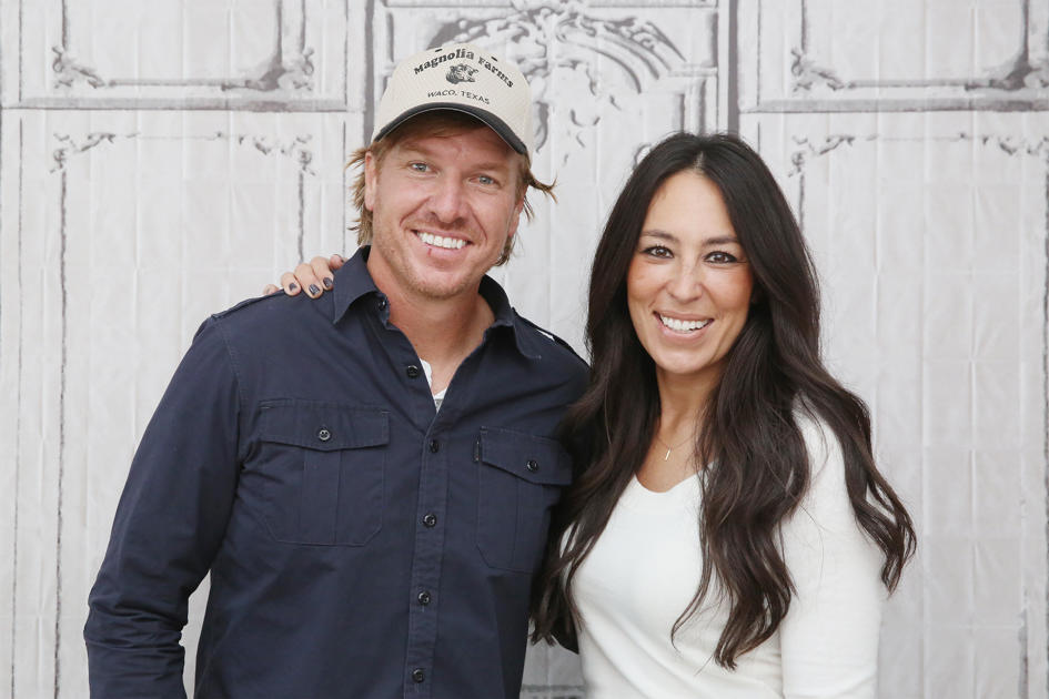 Chip and Joanna Gaines' 1st restaurant is open — see what's on the menu