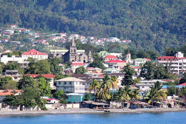 Διαφάνεια 16 από 51: Roseau is the capital of the tropical, Caribbean island of Dominica.