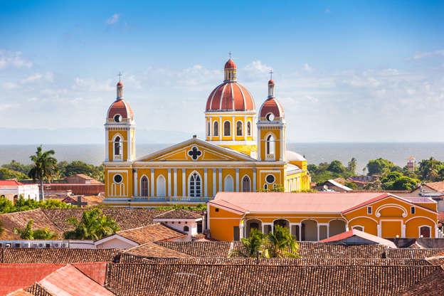 Διαφάνεια 10 από 51: Cathedral of Granada, Nicaragua