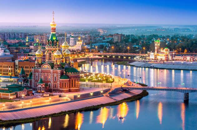Διαφάνεια 12 από 51: Beautiful cityscape of the downtown with a waterfront in a street lighting at night. Volga region of Russia, the city of Yoshkar-Ola