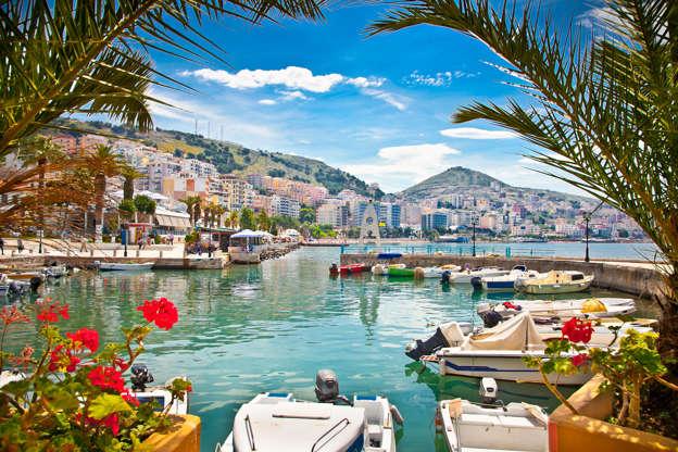 Διαφάνεια 5 από 51: Saranda's city port  at ionian sea. Albania.