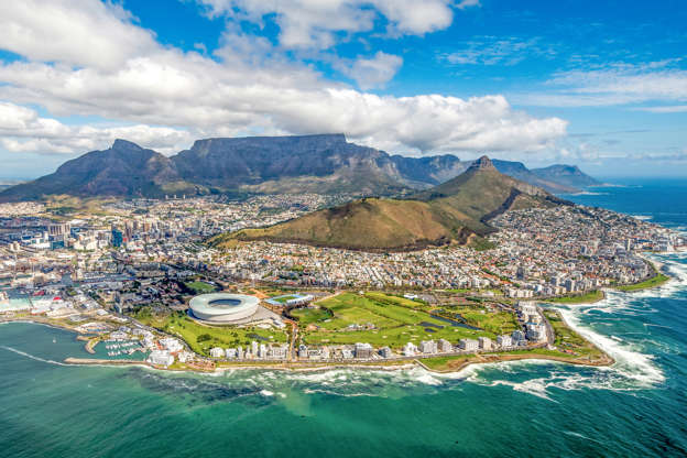 Διαφάνεια 4 από 51: Cape Town and the 12 Apostels from above in South Africa