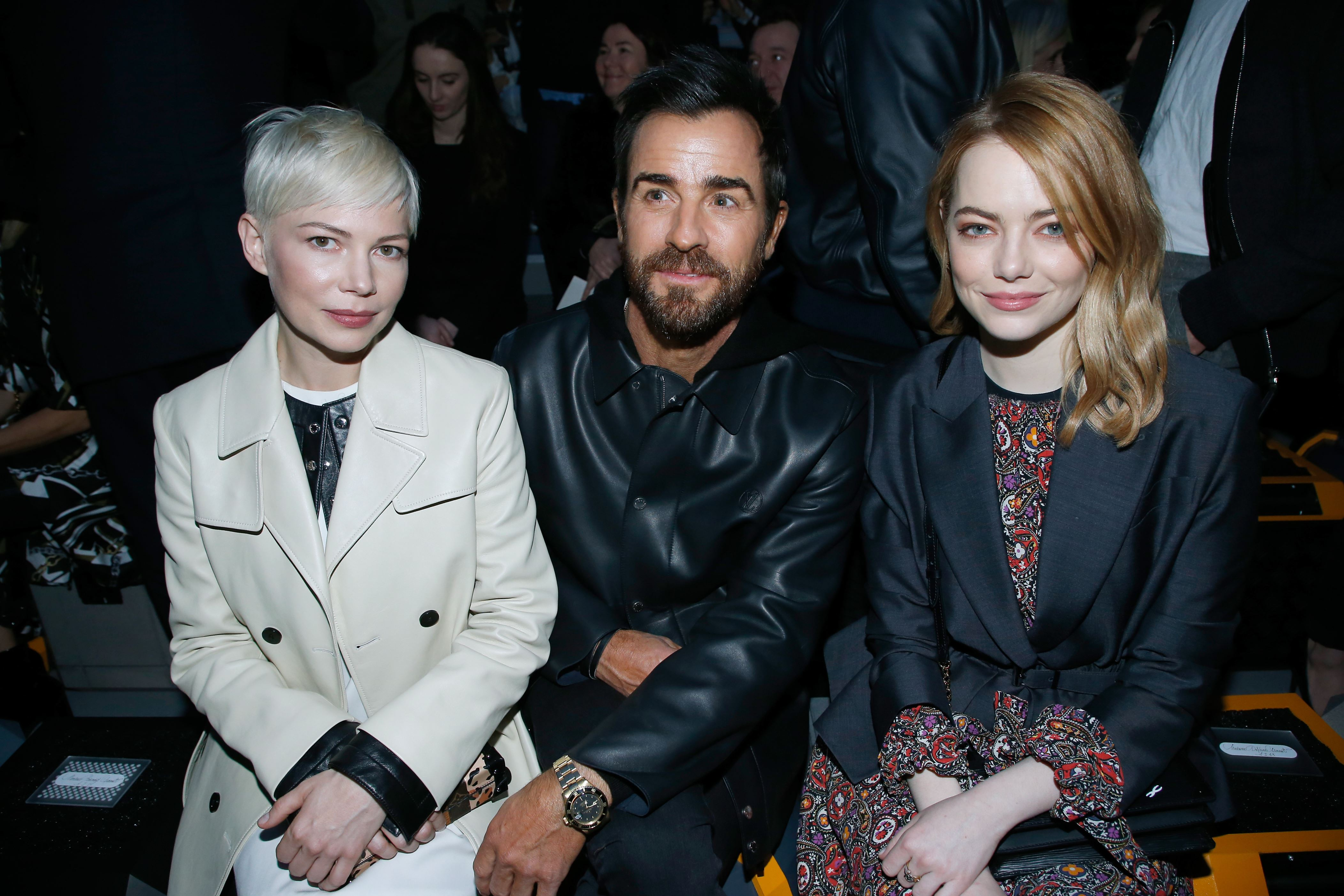 Fashion style Fashion paris week front row celebrities fall for girls