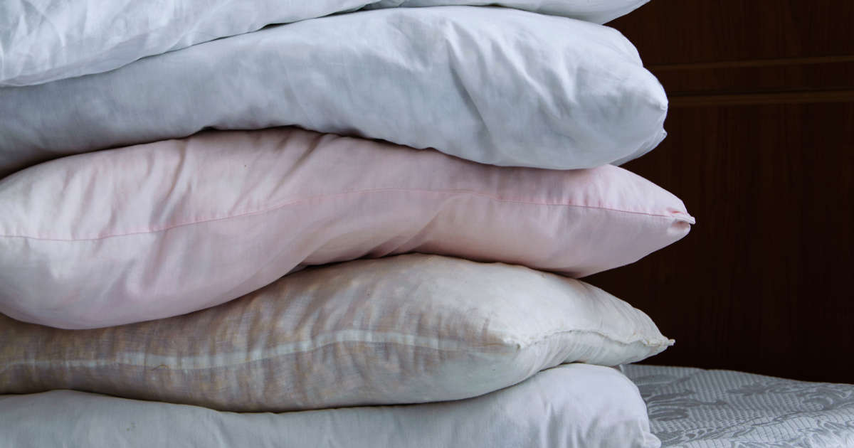 This Is Why You Need to Change Your Pillow Immediately