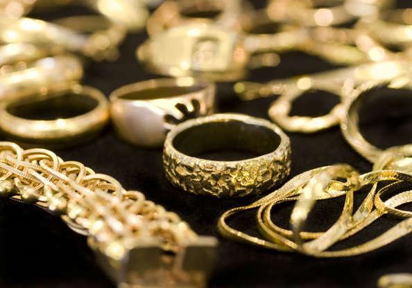 4de26094e45 Joias de ouro  o que você deve saber antes de comprá-las