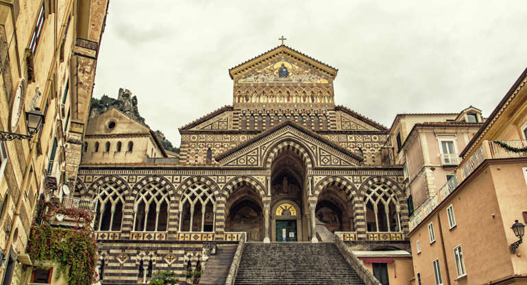 Διαφάνεια 10 από 28: CAPTION: St Andrew Cathedral, Amalfi, Italy