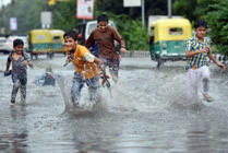 Delhi: Weather turns pleasant after downpour