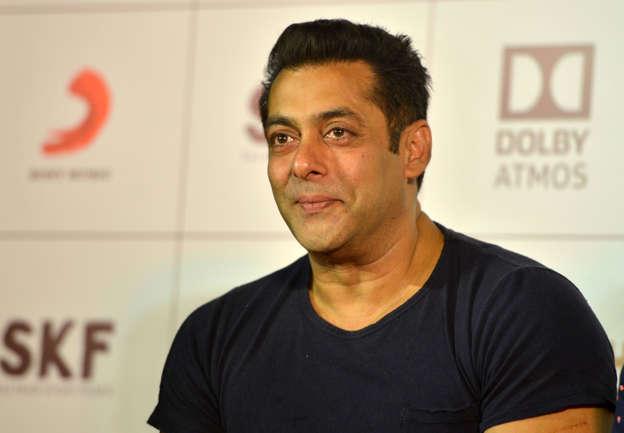 THROWBACK: When Salman Khan Proposed Marriage To Juhi Chawla