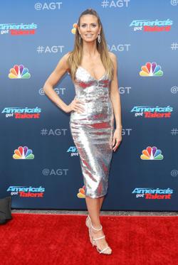 "Slide 22 de 49: PASADENA, CA - MARCH 12:  Heidi Klum arrives at ""America's Got Talent"" season 13 event held at Pasadena Civic Auditorium on March 12, 2018 in Pasadena, California.  (Photo by Michael Tran/FilmMagic)"