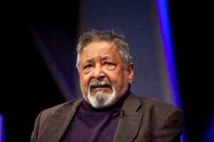 HAY-ON-WYE, UNITED KINGDOM - MAY 29: V. S. Naipaul attends the Hay Festival on May 29, 2011 in Hay-on-Wye, Wales. (Photo by David Levenson/Getty Images)