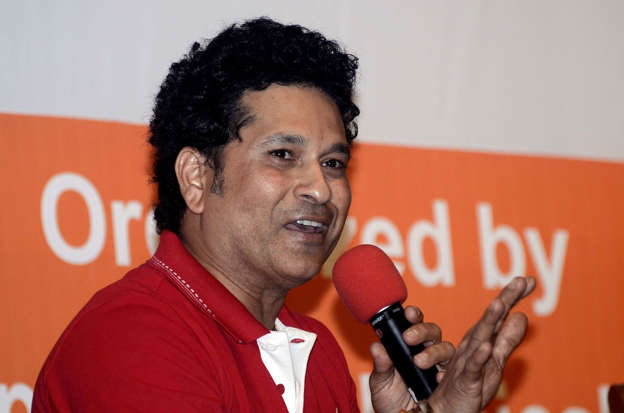 Independence Day Sachin Tendulkar Anil Kumble Lead Wishes From