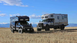 a truck is parked in a field: Earthroamer XV-HD Ford F-750