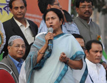 'Divide-and-rule': Mamata slams Assam's Draft Citizens' list