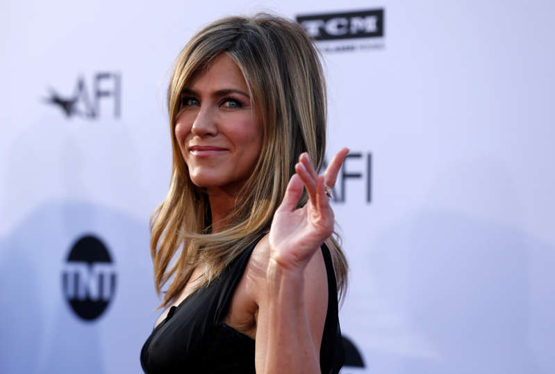 Actor Jennifer Aniston waves at the 46th AFI Life Achievement Award Gala in Los Angeles, California, U.S., June 7, 2018.