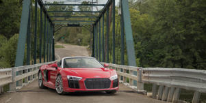 Audio and Infotainment: The Audi R8 owes its simple-and simply elegant-interior design to the 12.3-inch Virtual Cockpit gauge display.