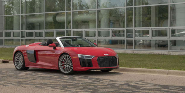 2018 Audi R8 Interior And Passenger Space