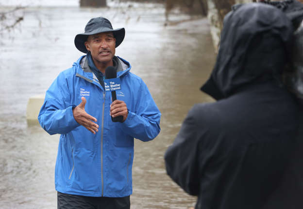 2bb1366ae35a IMAGE DISTRIBUTED FOR THE WEATHER CHANNEL - The Weather Channel on-camera  meteorologist Paul Goodloe