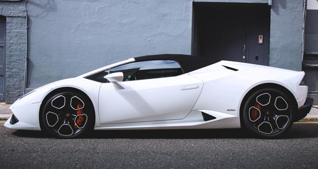 2020 Lamborghini Huracan Spied With A Massive Touchscreen