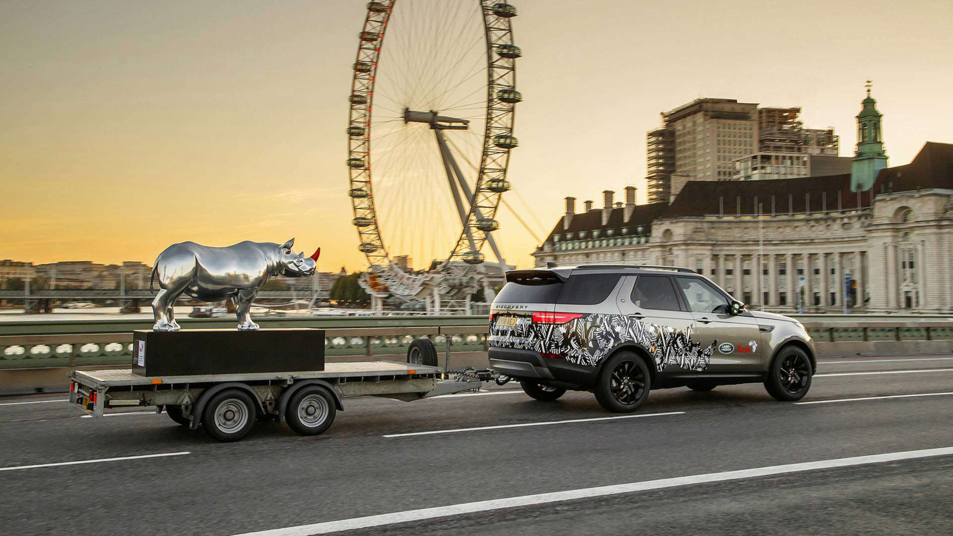 This Is Why Land Rover Towed A Chrome Rhino Into Trafalgar
