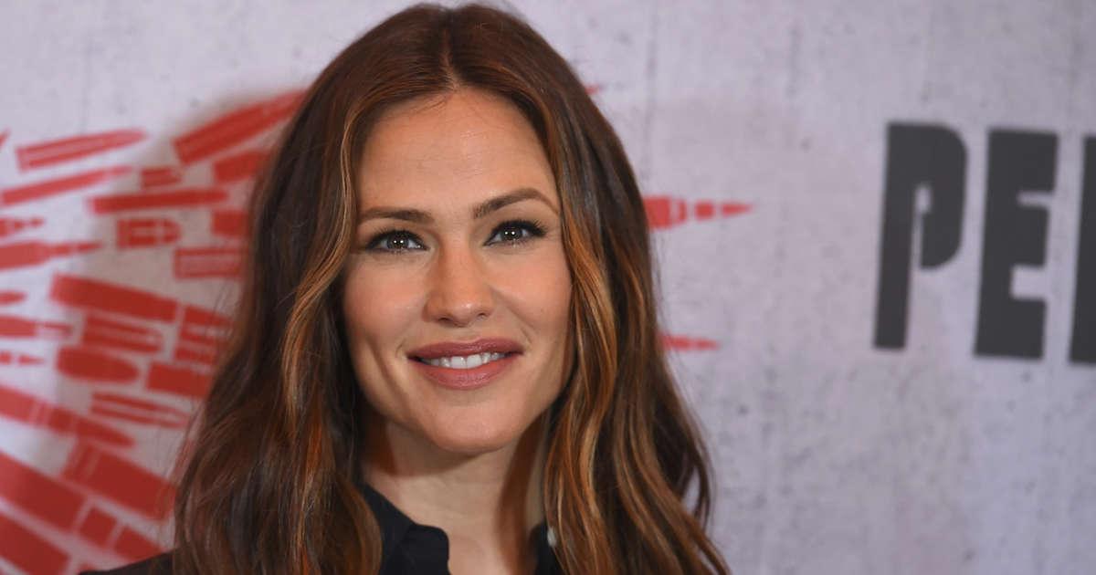 Jen Garner Is Not Surprised Ben Affleck Is Dating Playboy Model