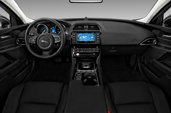 Jaguar Interior 2017 >> 2017 Jaguar Xe Interior Photos Msn Autos