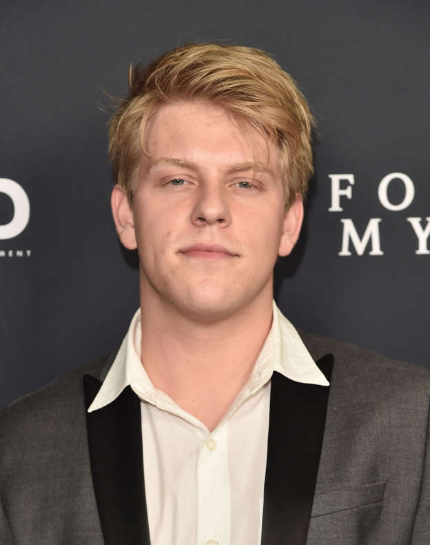 Actor Jackson Odell died of a drug overdose in a sober living facility b8dff2be7c44b