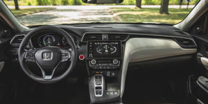 Interior and Passenger Space: The Insight's interior feels a bit more upscale than that of the closely related Civic, and it measures up well to other hybrid competitors.