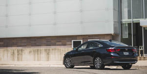 Video Overview: Interior, Infotainment, Cargo Space: Visualize the 2019 Honda Insight's features and interior space with our comprehensive videos.