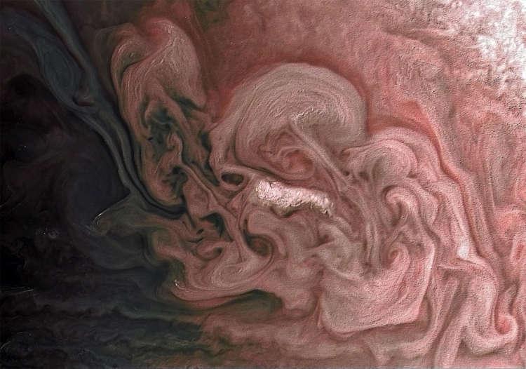 Saturn losing rings at 'worst-case-scenario' rate