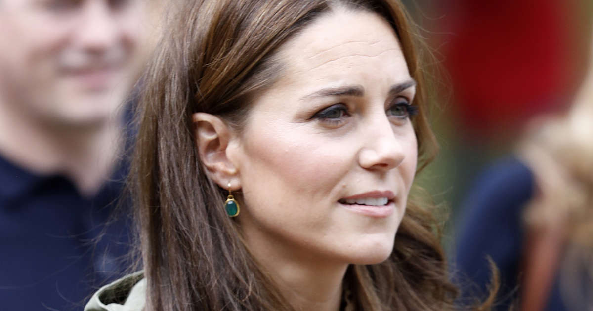 5c885710b0 Kate Middleton Arrived for Her First Post-Baby Appearance Looking like the  Coolest Mom on the Playground