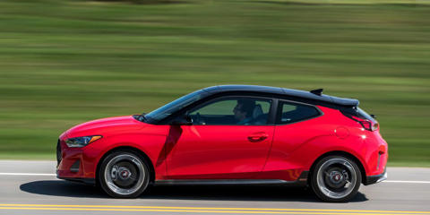 The dual-clutch automatic in the Hyundai Veloster Turbo is improved, but it's not enough to choose it over the six-speed manual.