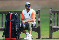 Harbhajan slams Karun's omission from Test squad