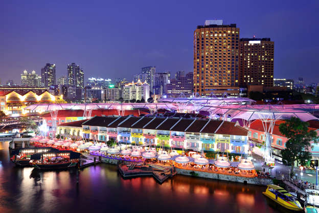 Slide 22 de 24: Clarke Quay in Singapore