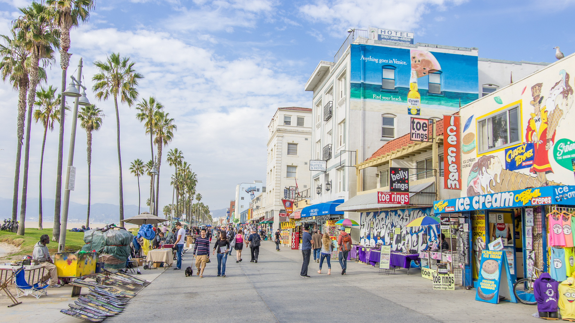 Slide 13 of 32: Meals: $375Drinks (including beer): $59.763-night hotel stay: $386Airfare: $673.86You can find plenty of cheap things to do in Los Angeles during the fall. Strolling Venice Beach is always free. For a less leisurely walk, try hiking through Griffith Park to the Griffith Observatory, which offers free admission and access to telescopes. If you want to see Hollywood stars instead of real stars, use this guide to find celebrities in LA.