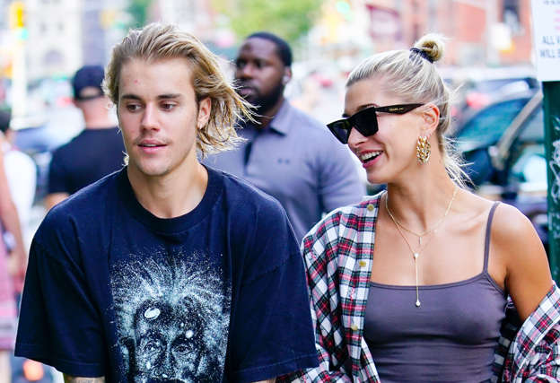 Justin and Hailey Were Spotted at a Marriage License Courthouse!
