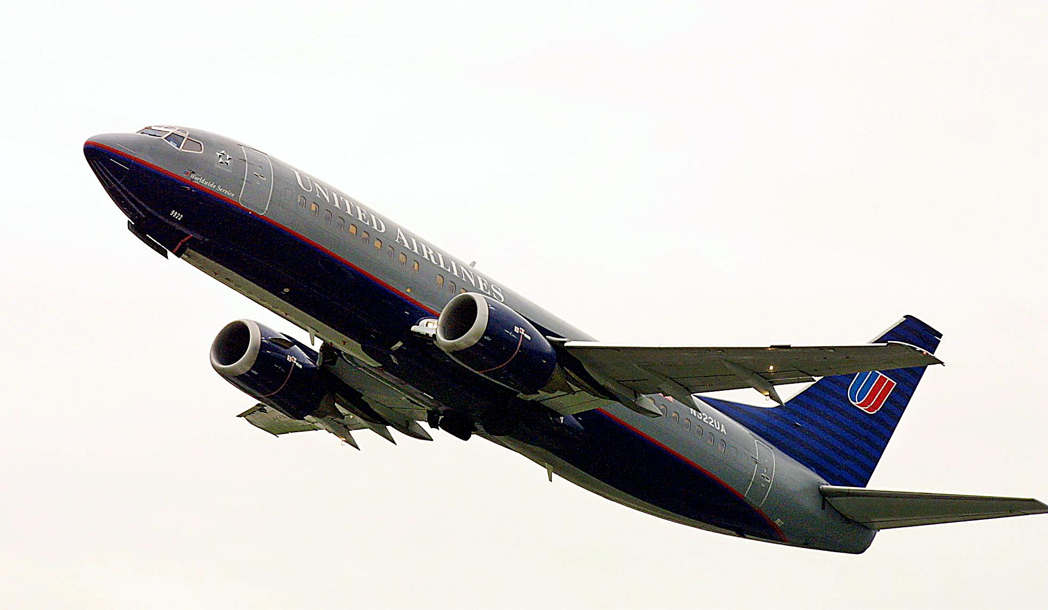 CHICAGO, UNITED STATES:  A United Airlines jet takes off from O'Hare International Airport in Chicago, Illinois 17 September, 2001. The stock of Chicago-based United Airlines plunged along with other US air carriers as trading reopened on the nation's stock exchanges 17 September.  AFP/John ZICH (Photo credit should read JOHN ZICH/AFP/Getty Images)