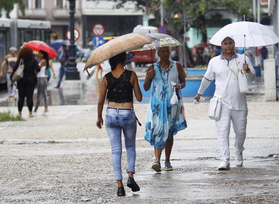 Hurricane Michael heads toward Florida Panhandle, 13 deaths in its wake  By Gina Cherelus 1 hr ago   Washington sends $ BBO7SjO