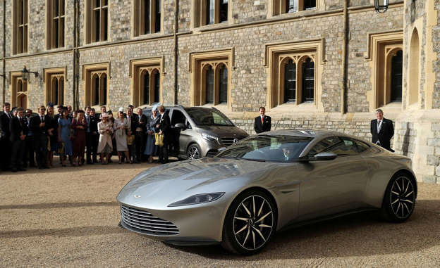 Princess Eugenies Royal Wedding Car Is James Bonds Aston Martin DB - James bond aston martin db10