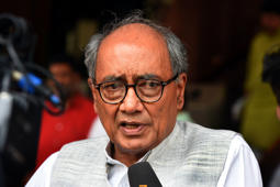 Digvijaya distances himself from poll rallies