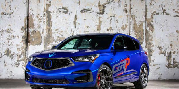 Graham Rahal Tweaks The 2019 Acura Rdx A Spec For Sema